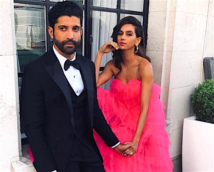 Farhan Akhtar and Shibani Dandekar to Marry in 2020? - couple2