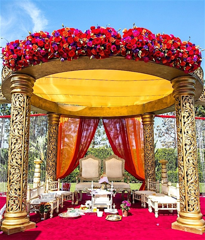 India is becoming a Wedding Destination for Foreigners - mandap