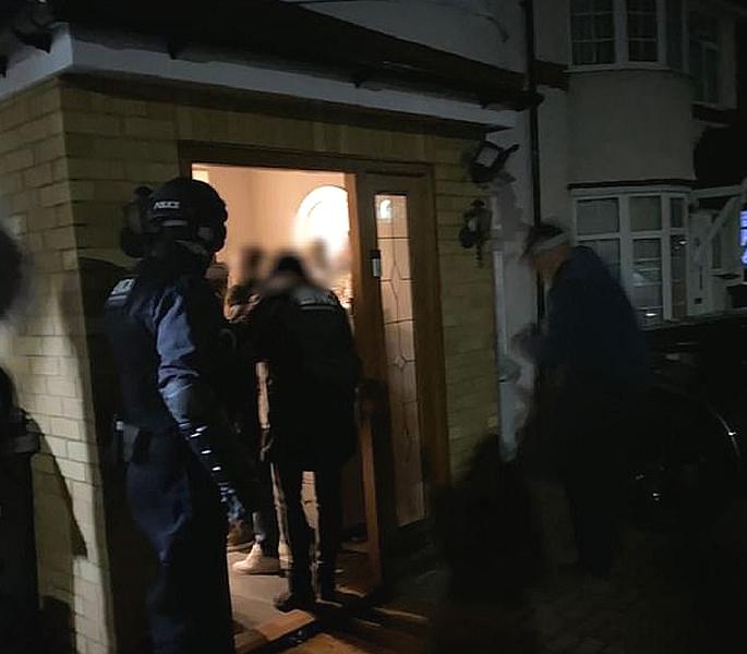 Indian Man & Gang caught Smuggling £15m from UK to Dubai 2
