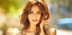 Kriti exit 'Chehre' because of refusal to do Intimate Scenes?
