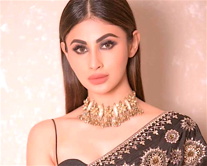 Kriti exit 'Chehre' because of refusal to do Intimate Scenes? - mouni