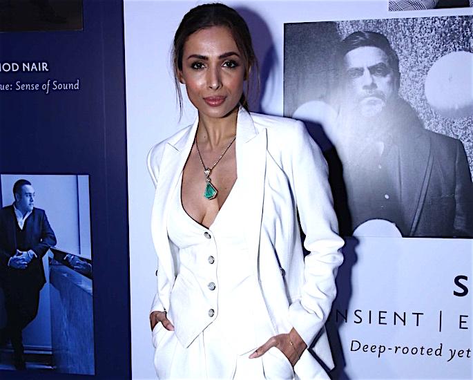Malaika Arora wants a 'Beach Destination' for a 'White Wedding' - white