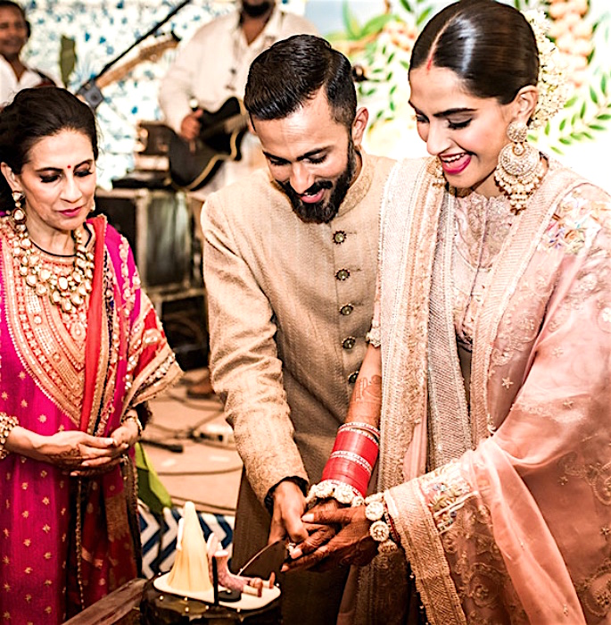 Sonam Kapoor Ahuja says, 'Marriage is just a Formality' - cake