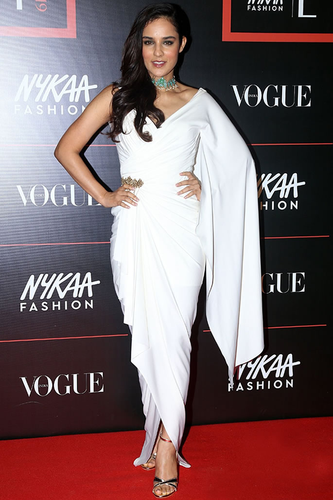 Best Dressed Bollywood Stars at Vogue Power List 2019 - Angira Dhar