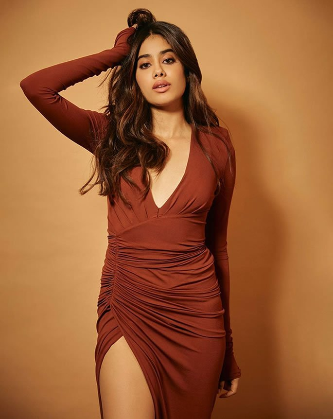 From Dresses to Jeans Janhvi Kapoor oozes Fashion Goals - brown3