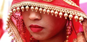 Indian Bride refuses to Marry Drunk Groom unable to Stand Up f
