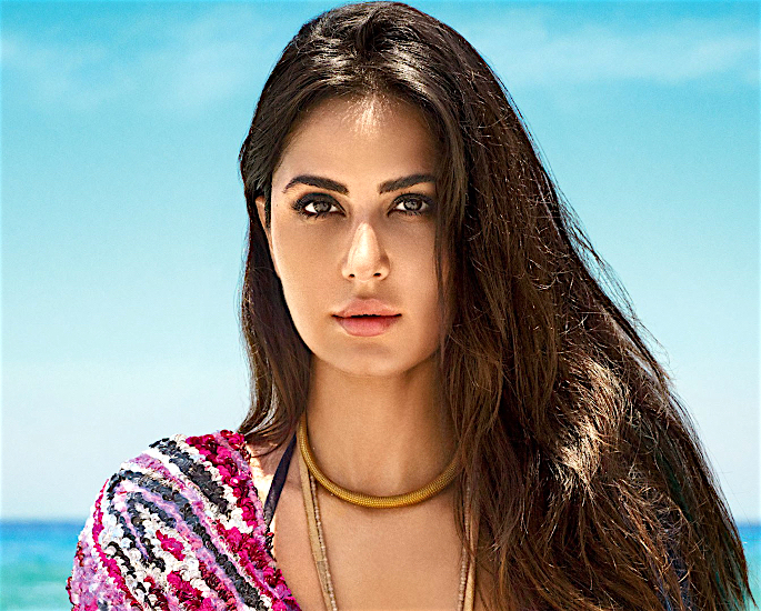 Katrina Kaif offended by Akshay's 'Dirty Talk' dialogue? - katrina