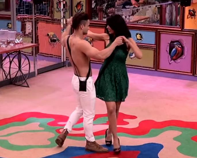 Mallika Sherawat enters Bigg Boss 13 with Intimacy - dance