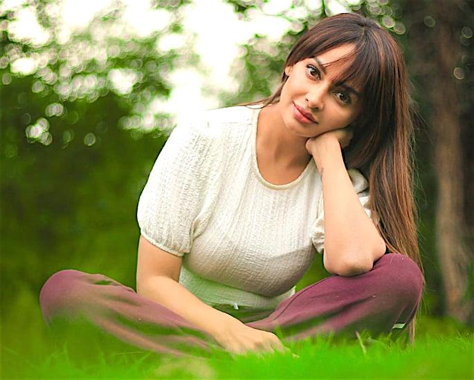 Rubina Bajwa talks Love and Punjabi Cinema - grass