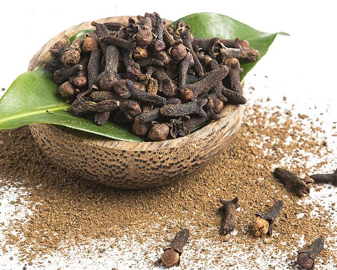 What Ingredients to use When Making a Curry - clove