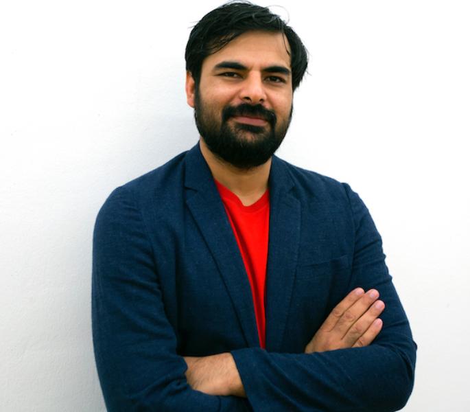 who are the most trendy minimalist Pakistani artists? ia23.1