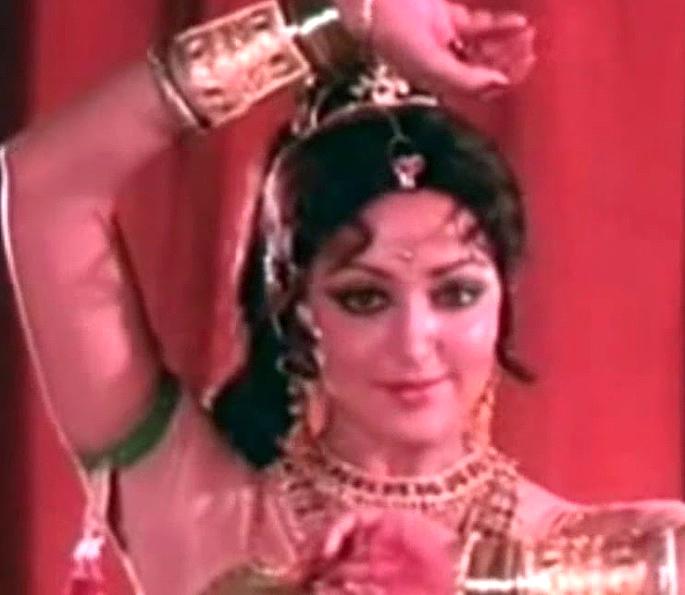 12 Best Bollywood Dances by Hema Malini - Mrig Trishna