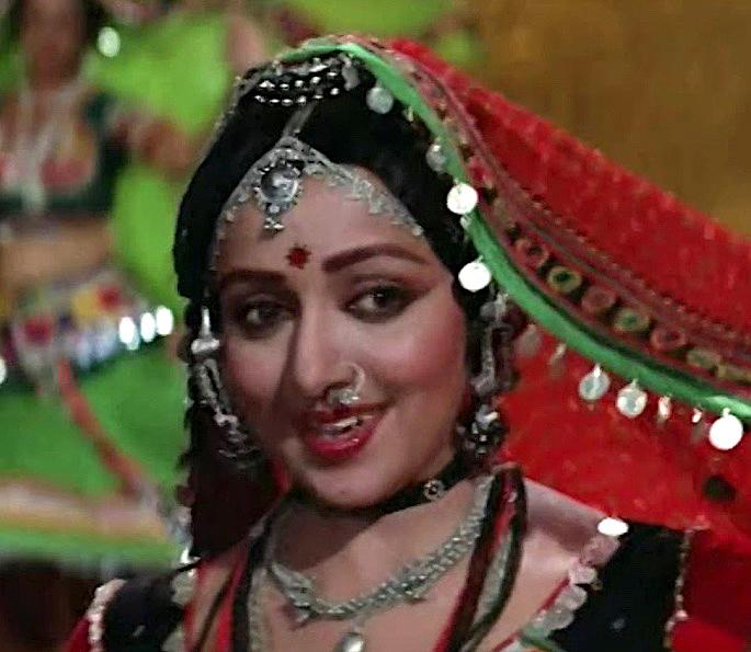 12 Best Bollywood Dances by Hema Malini - The Burning Train