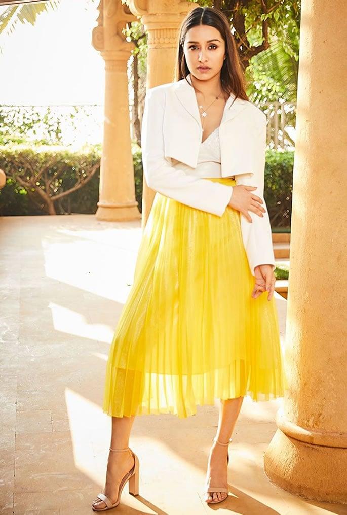 7 Incredible Fashion Looks of Shraddha Kapoor - skirt