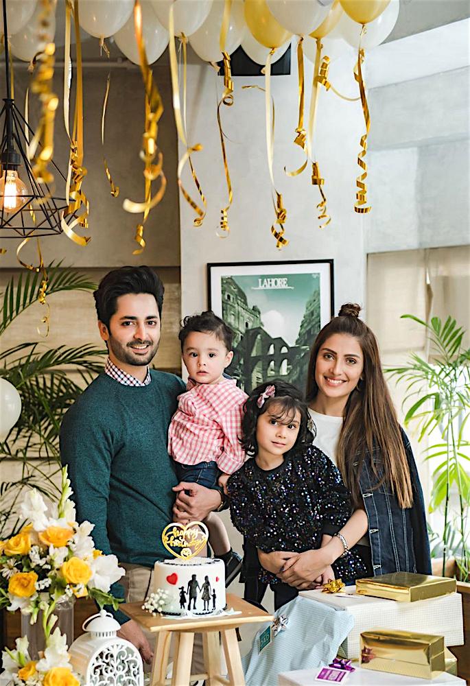 Actress Ayeza Khan shares Fond Memories from 2019 - family
