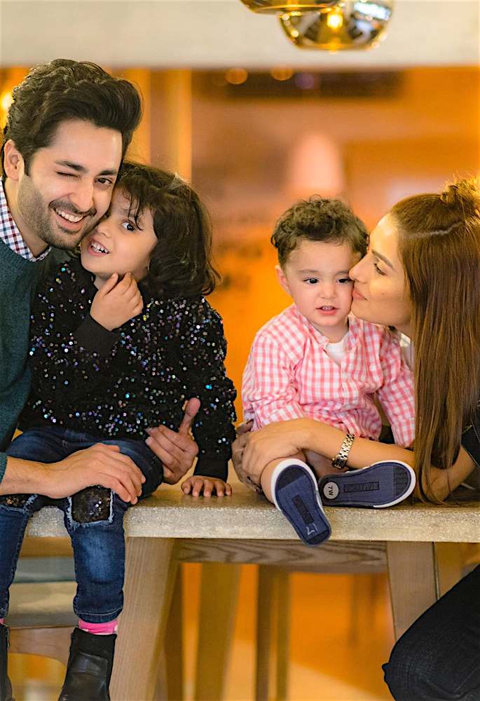 Actress Ayeza Khan shares Fond Memories from 2019 - kisses
