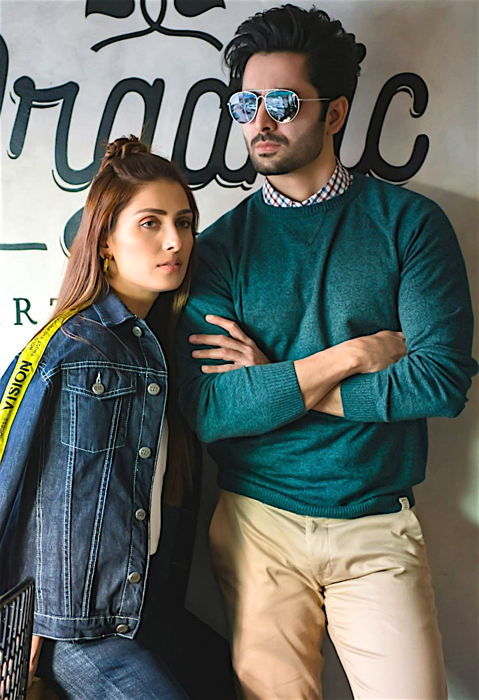 Actress Ayeza Khan shares Fond Memories from 2019 - pose