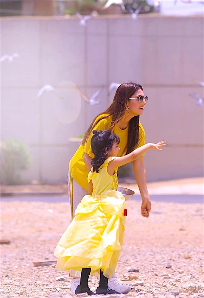 Actress Ayeza Khan shares Fond Memories from 2019 - yellow