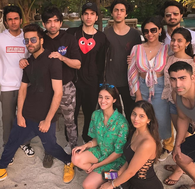 How Bollywood Stars started their Year of 2020 - Ananya Panday