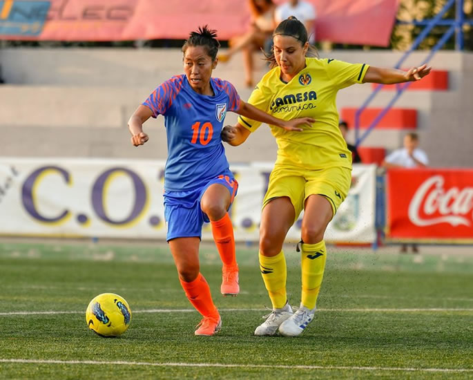 India's Bala Devi creates History signing for Rangers FC - player