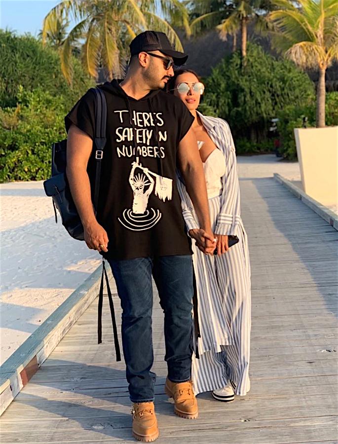 Kapoor Family urging Arjun to Marry Malaika Arora? - both2