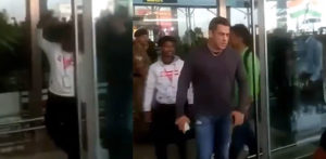 Salman Khan snatches Phone from Selfie Taking Fan f