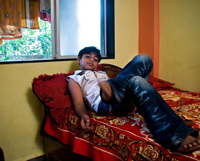 Slumdog Millionaire star Azharuddin Ismail moves to Slums - new home
