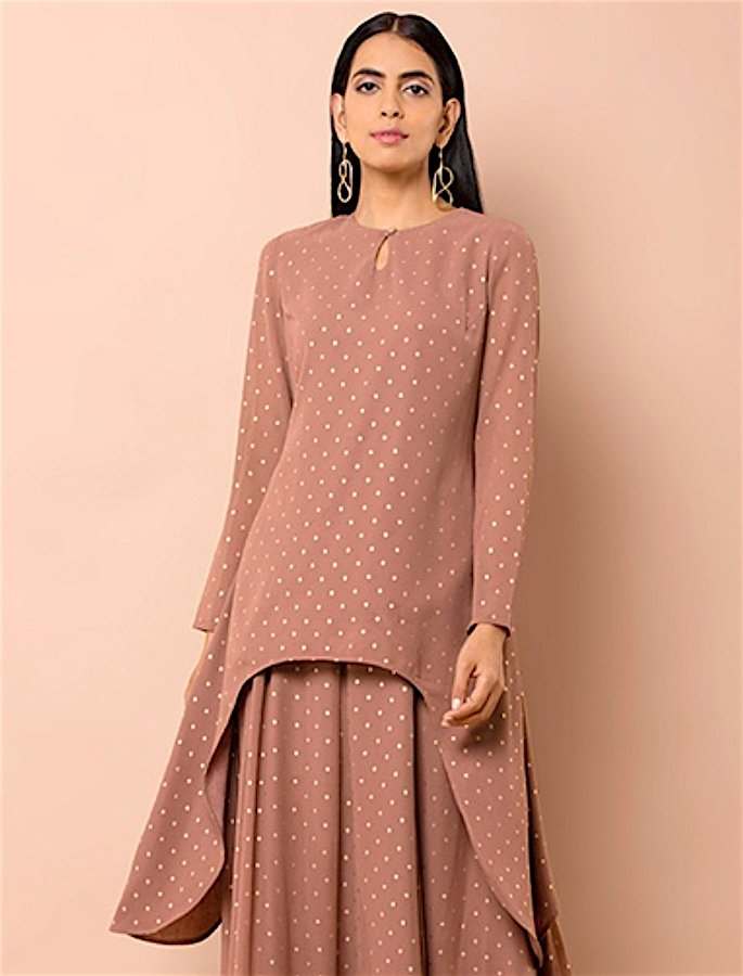 20 Stylish Kurtis to Wear with Jeans - 19
