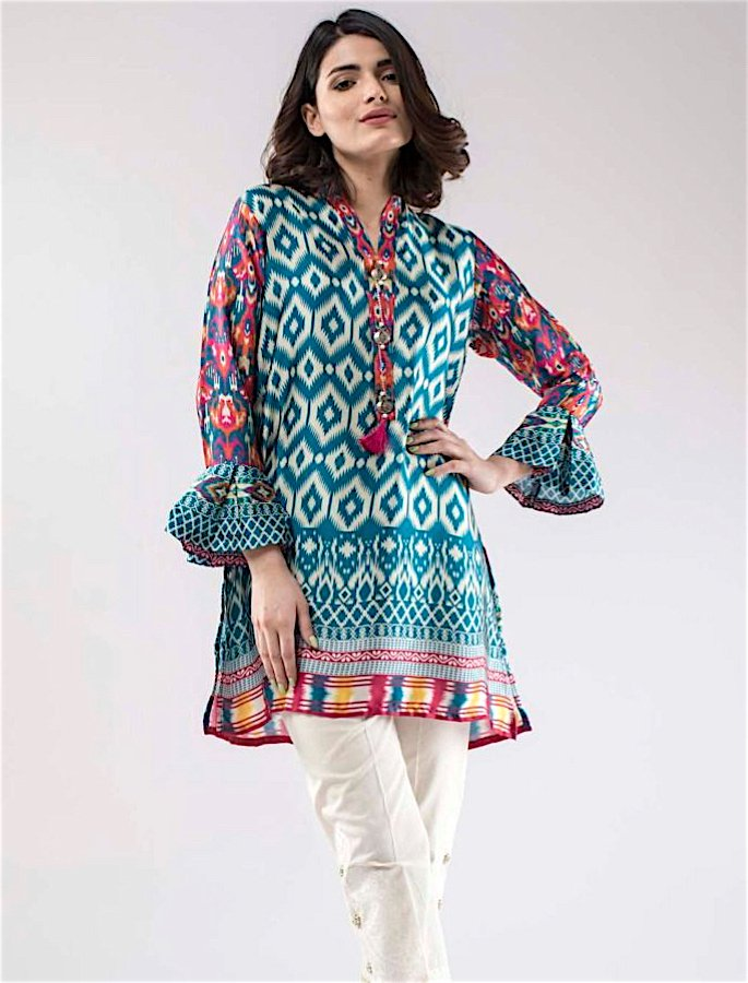 20 Stylish Kurtis to Wear with Jeans - 2