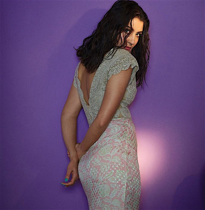Anushka Sharma explains Her Absence from Bollywood - back
