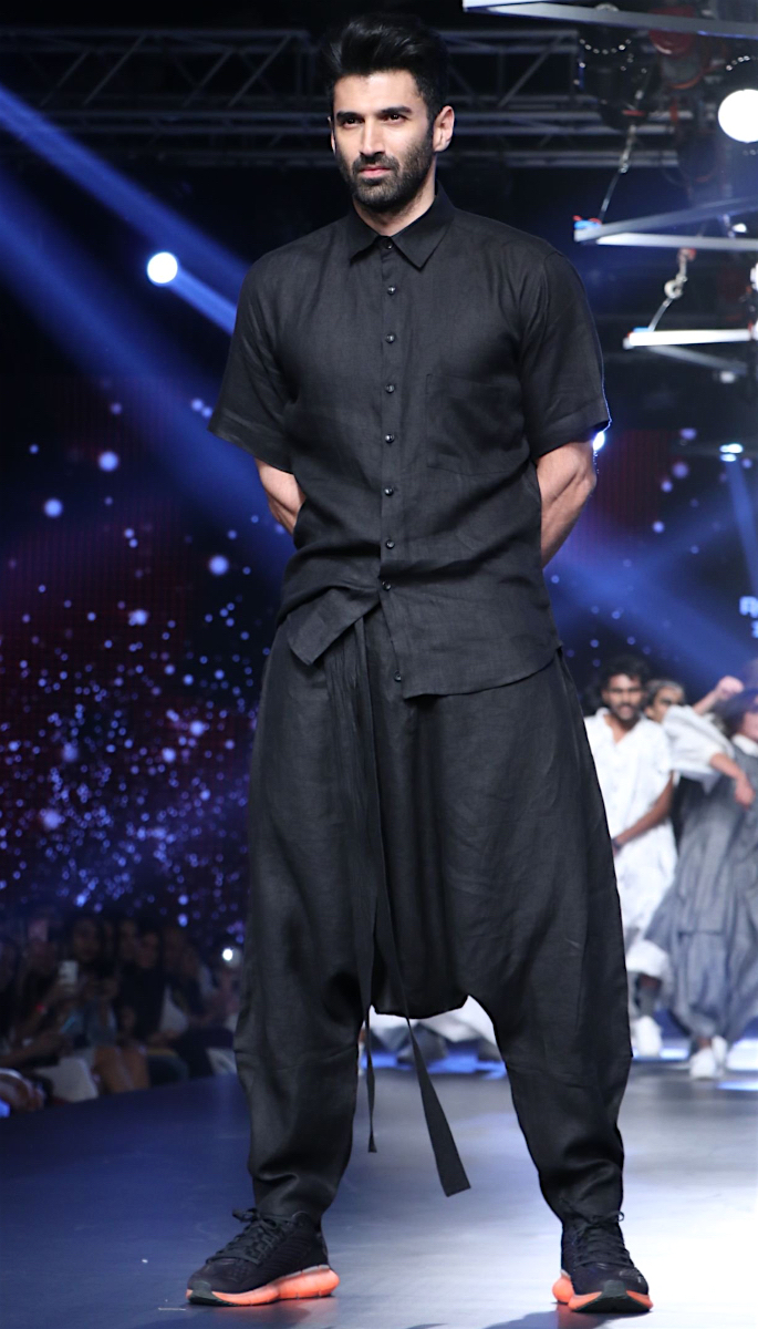 Bollywood Stars Walk the Ramp at Lakme Fashion Week 2020 - aditya
