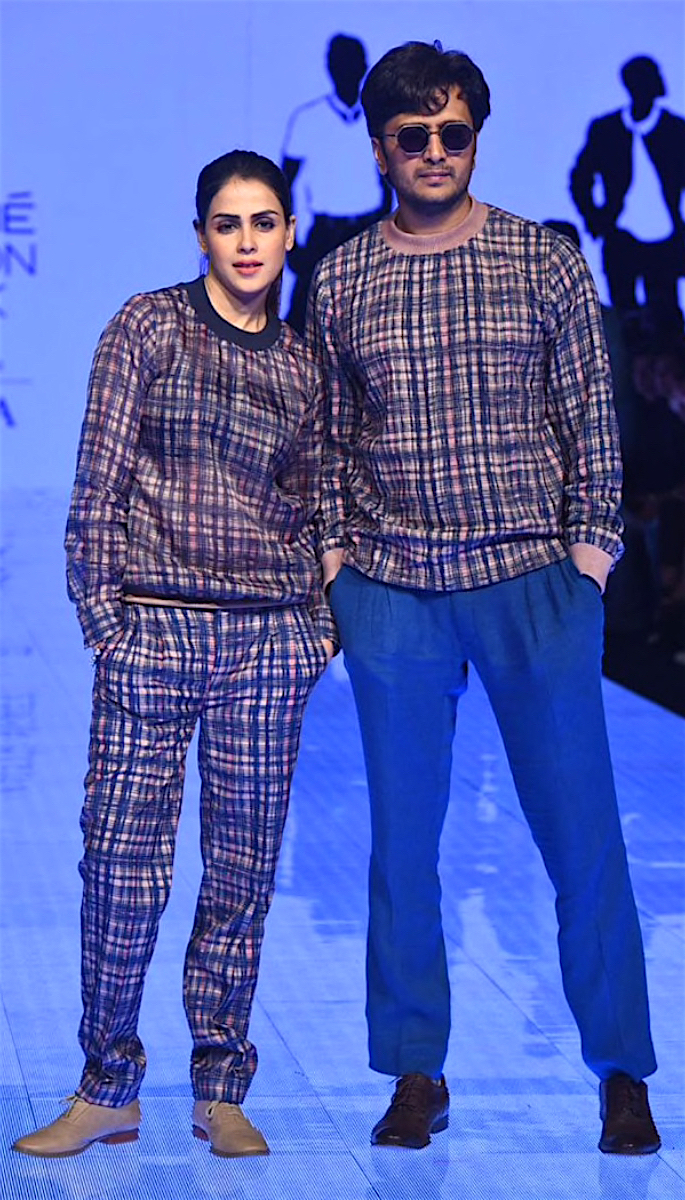 Bollywood Stars Walk the Ramp at Lakme Fashion Week 2020 - riteish