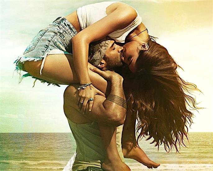 Disha & Aditya's 'Malang' crosses Rs 50 Crore Mark - kiss