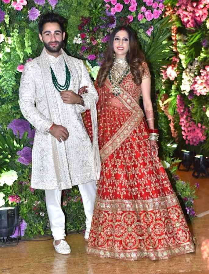 Kapoors turn Baraatis for cousin Armaan Jain's Wedding - couples2