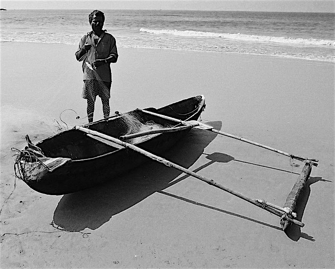 Ten Unusual and Weird Sports Played in India - canoe