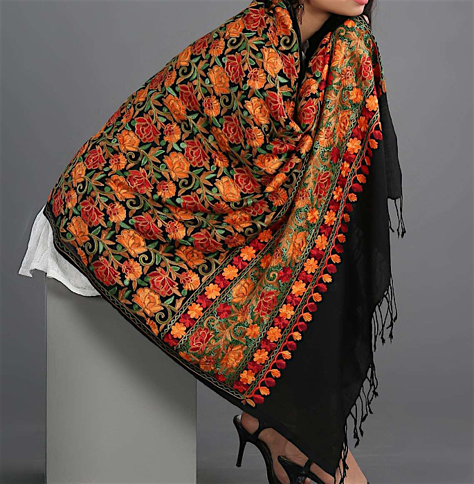 15 Best Shawls and Wraps to Warm Up your Style - kashmiri