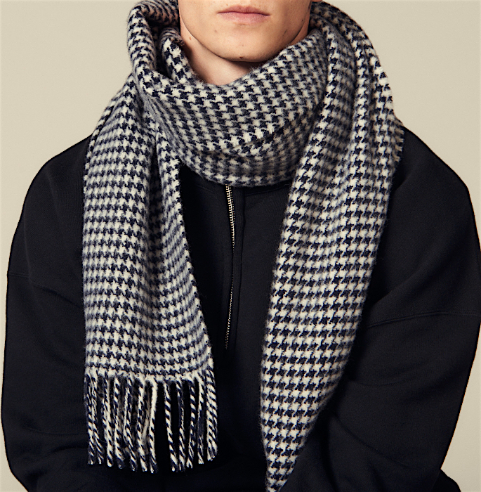 15 Best Shawls and Wraps to Warm Up your Style - scarf
