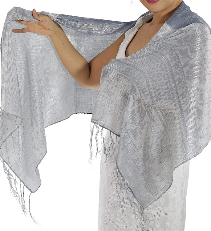 15 Best Shawls and Wraps to Warm Up your Style - silk