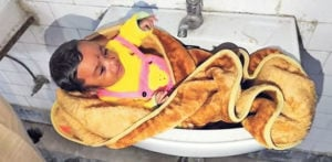 Indian Mother leaves Baby Girl in Public Toilet Wash Basin f