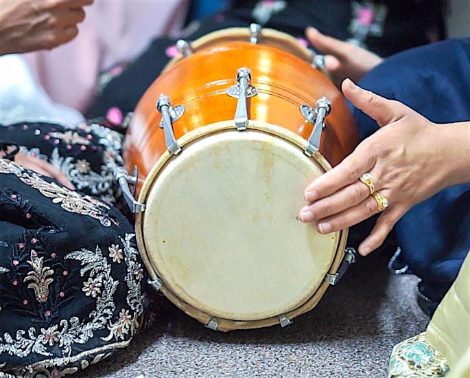 Most popular Pakistani Wedding Traditions - dholki