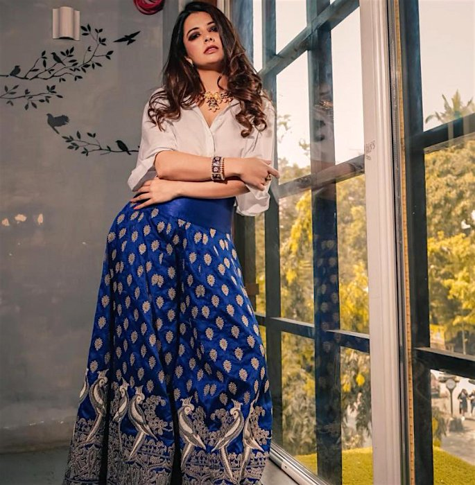 Ways to Recycle your Lehenga and Saree - shirt