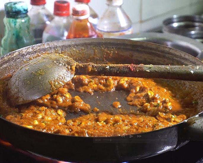 भारतीय खाद्य के लिए 10 शीर्ष पाक कला युक्तियाँ - अलग