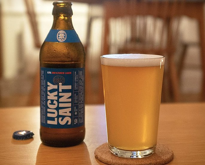 15 Best Alcohol-Free Beers to Enjoy - lucky saint