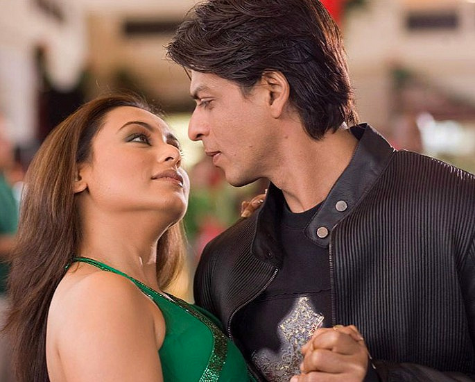 22 Best Bollywood Songs for a Bride & Groom First Dance - IA 15