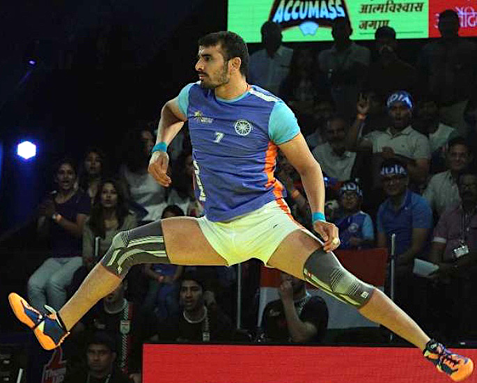 COVID-19 Frontline Heroes: Success of 5 Indian Athletes - Ajay Thakur 1