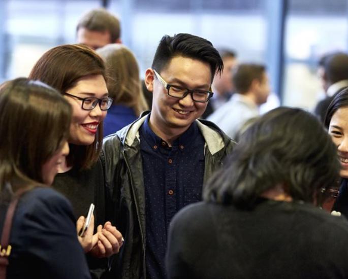 Carriere e supporto alla Aston University per studenti BAME - gruppi