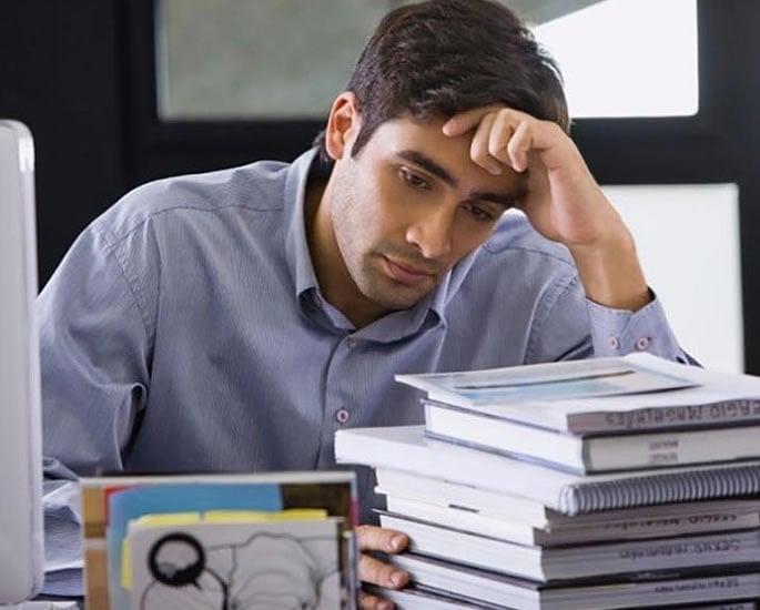 डॉ। परविंदर शेरगिल - तनाव