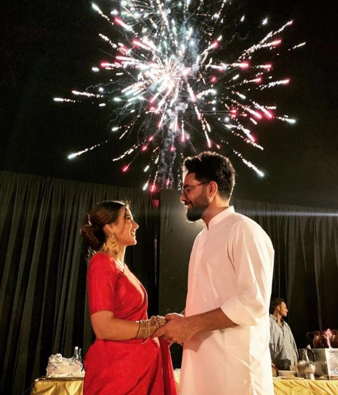 How did Iqra Aziz and Yasir Hussain Fall in Love? - firework