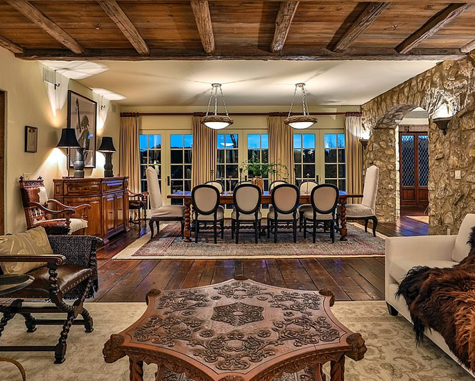 Il principe Harry e Meghan acquistano Mansion 15 di Mel Gibson da 4 milioni di dollari