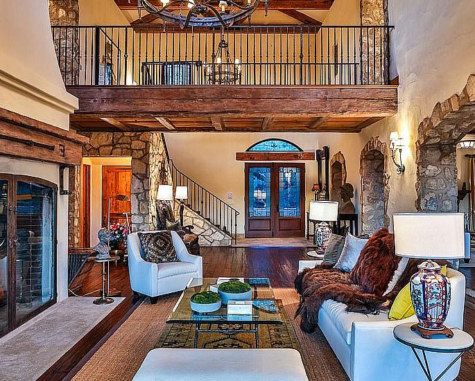Il principe Harry e Meghan acquistano la villa da 15 milioni di dollari di Mel Gibson